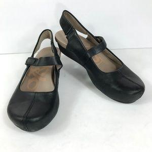 OTOT Springfield Shoes Mary Jane Wedge Slingback